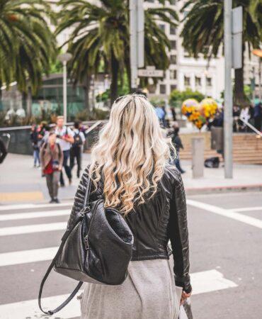 young-blonde-walking-towards-union-square-in-san-francisco-picjumbo-com copy